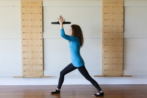 Lunge with Pilates ring