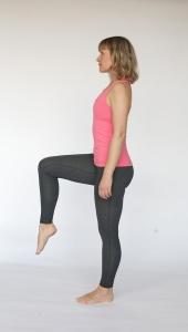 Standing leg lift for psoas